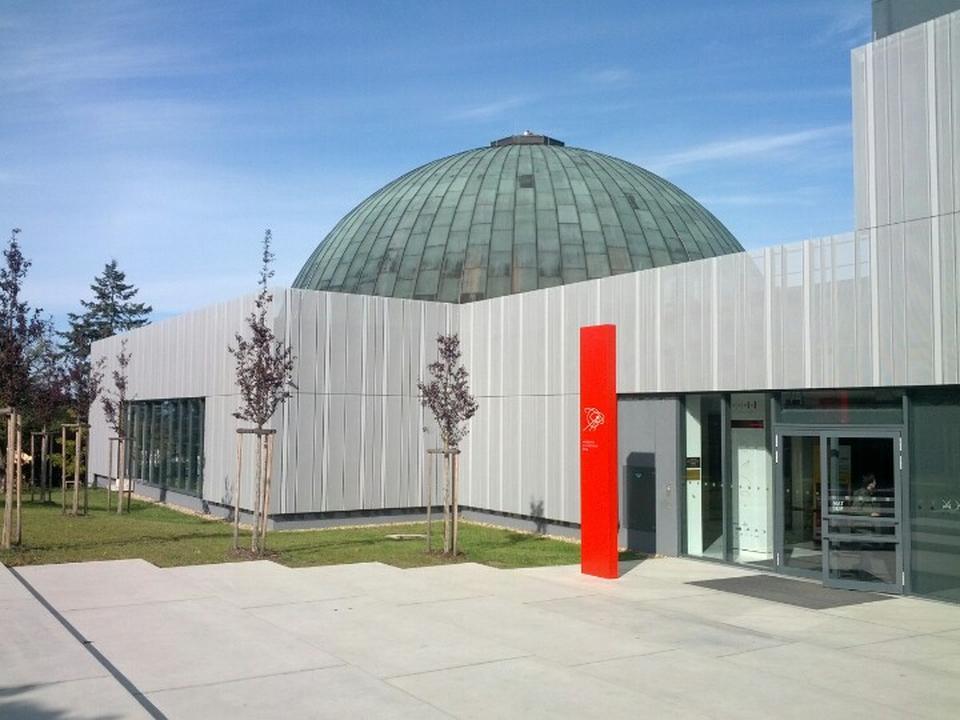 Sternwarte und Planetarium M. Kopernikus in Brünn