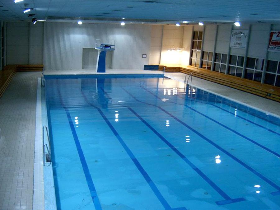 Krytý plavecký bazén a letní koupaliště Mělník