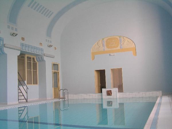 Plavecký bazén a sauna Nové Město pod Smrkem