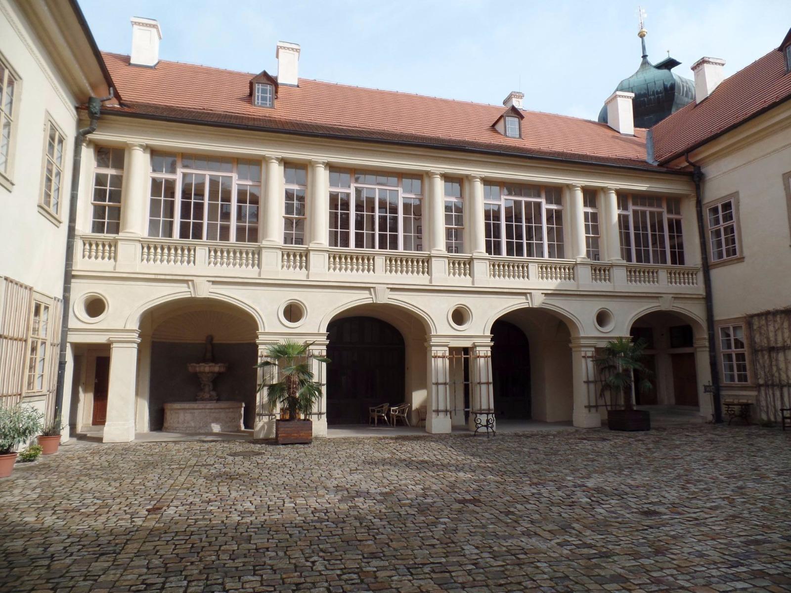 Státní zámek Mníšek pod Brdy
