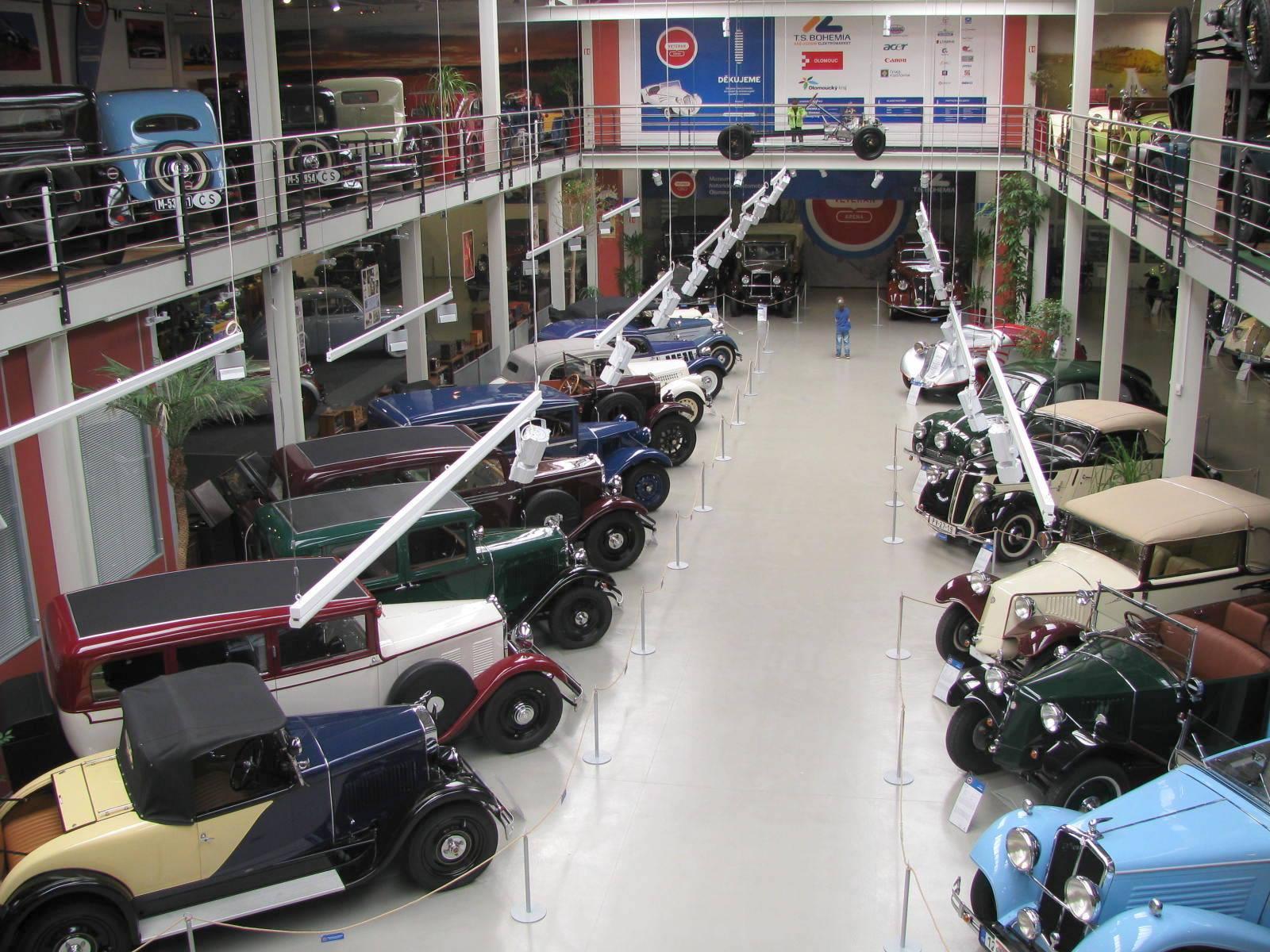 Muzeum historických automobilů VETERAN ARENA