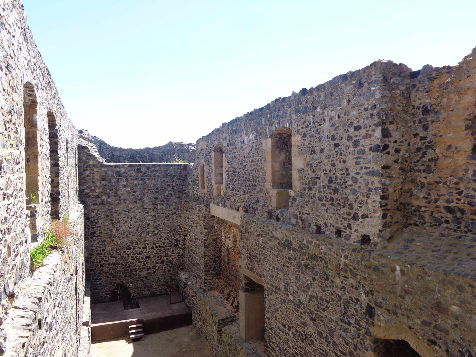 Burg Radyně (Karlskrone)