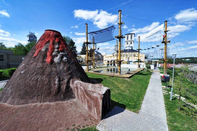 Permonium - zábavní park