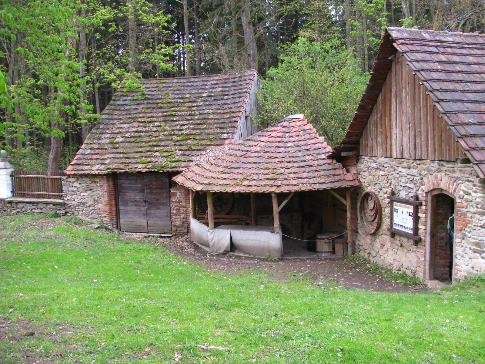 Historicko řemeslně vzdělávací centrum Šelmberk