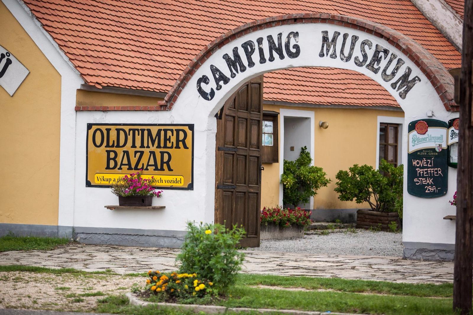 1. České muzeum motocyklů & galerie
