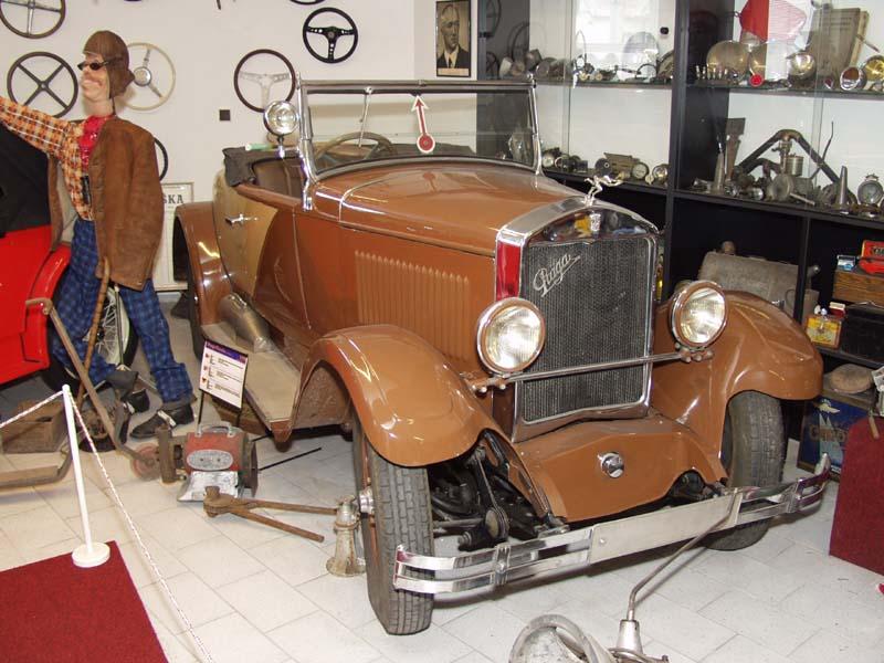 Muzeum automobilů a motocyklů Nová Paka