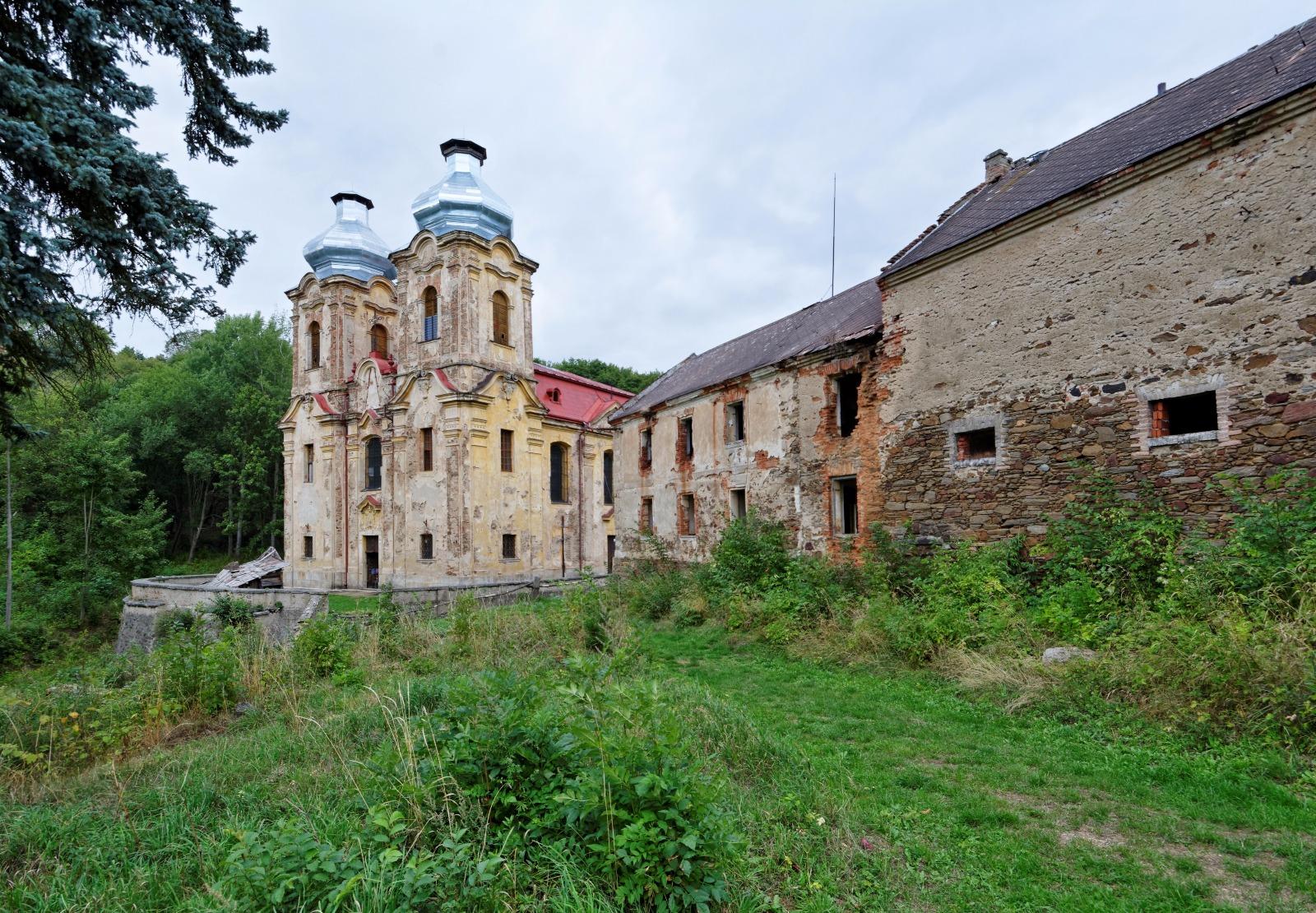 Skoky u Žlutic - ztracený kostel Navštívení Panny Marie